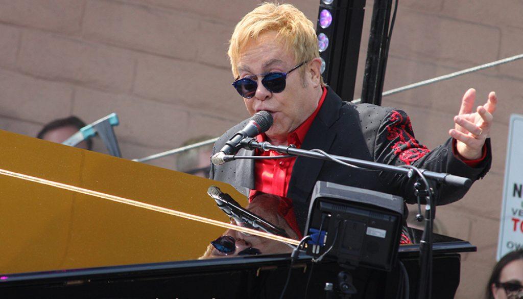Elton John by Paulo Murillo